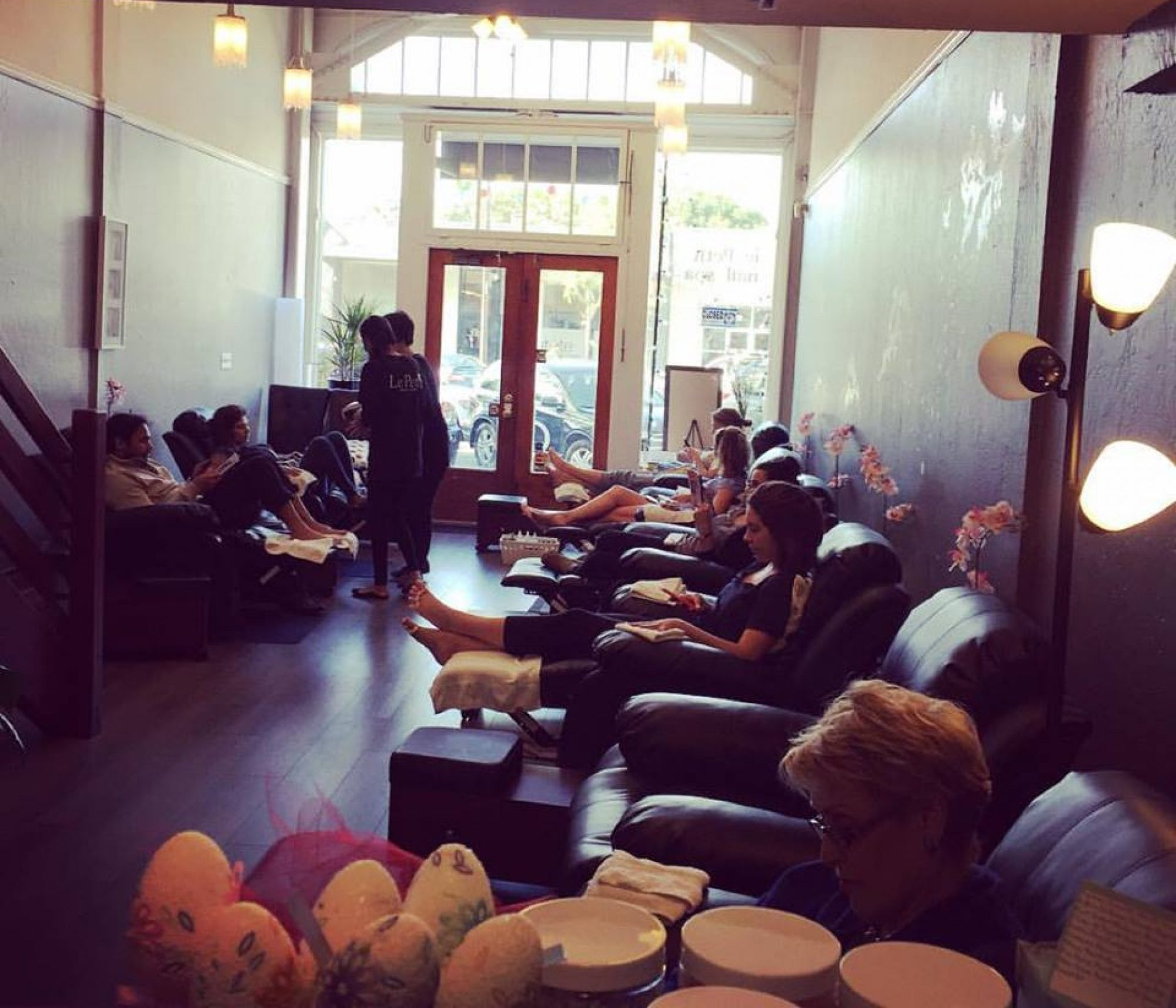 Le petit nail spa - Le petit salon paris ...